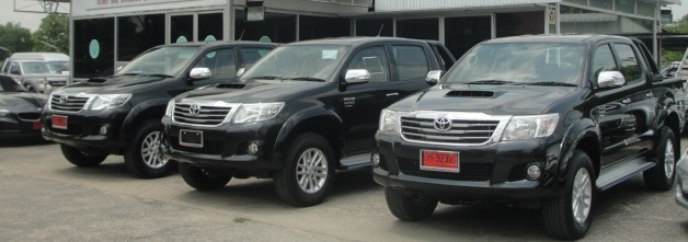 2011 new 2016, 2017 Toyota Vigo Hilux Champ now available at Soni reduced price